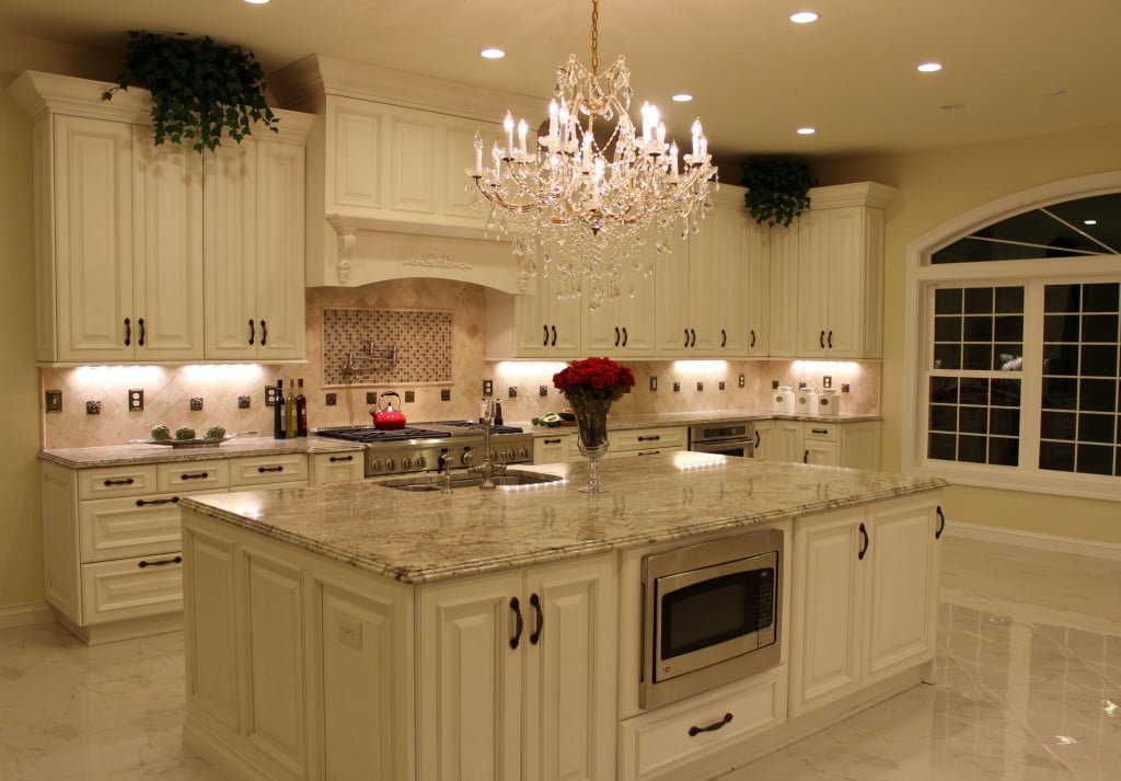 What Are The Differences Between Traditional And Transitional Kitchen Design